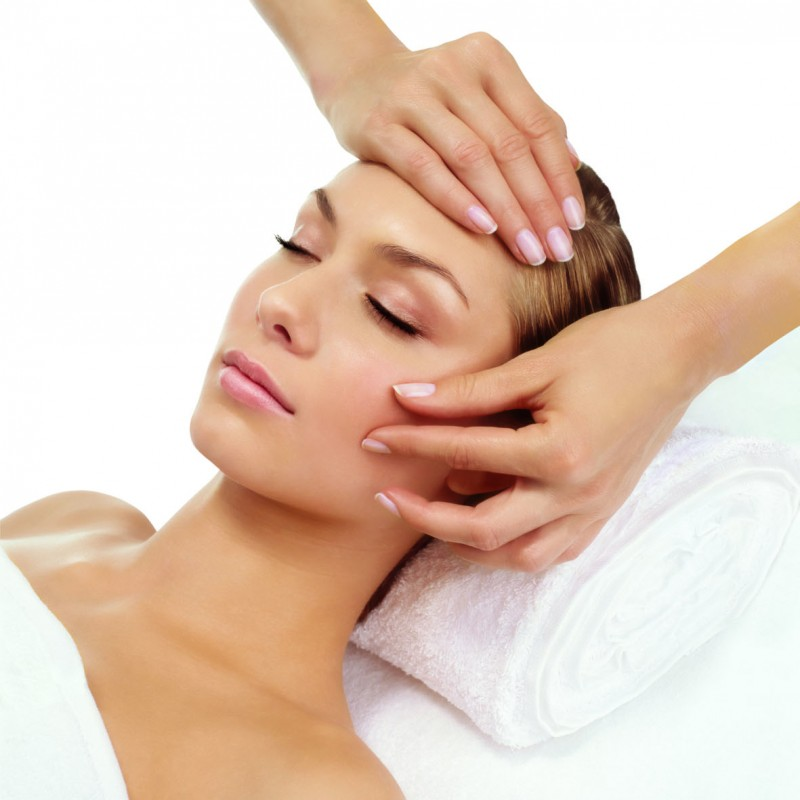 Total massage body and face